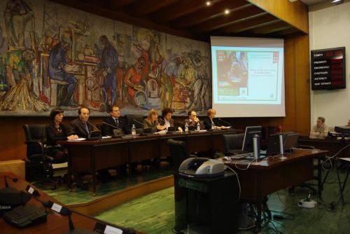 Luigi Oldani e Aurora Cantini, Sala consiliare Dalmine